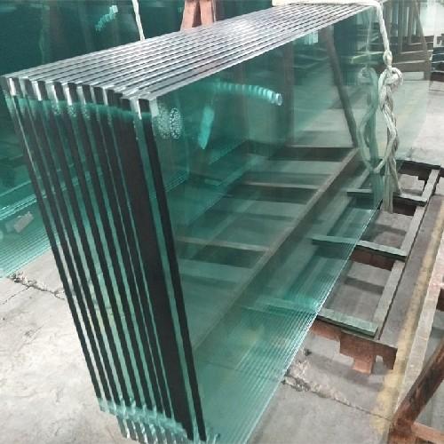 corte de vidro temperado